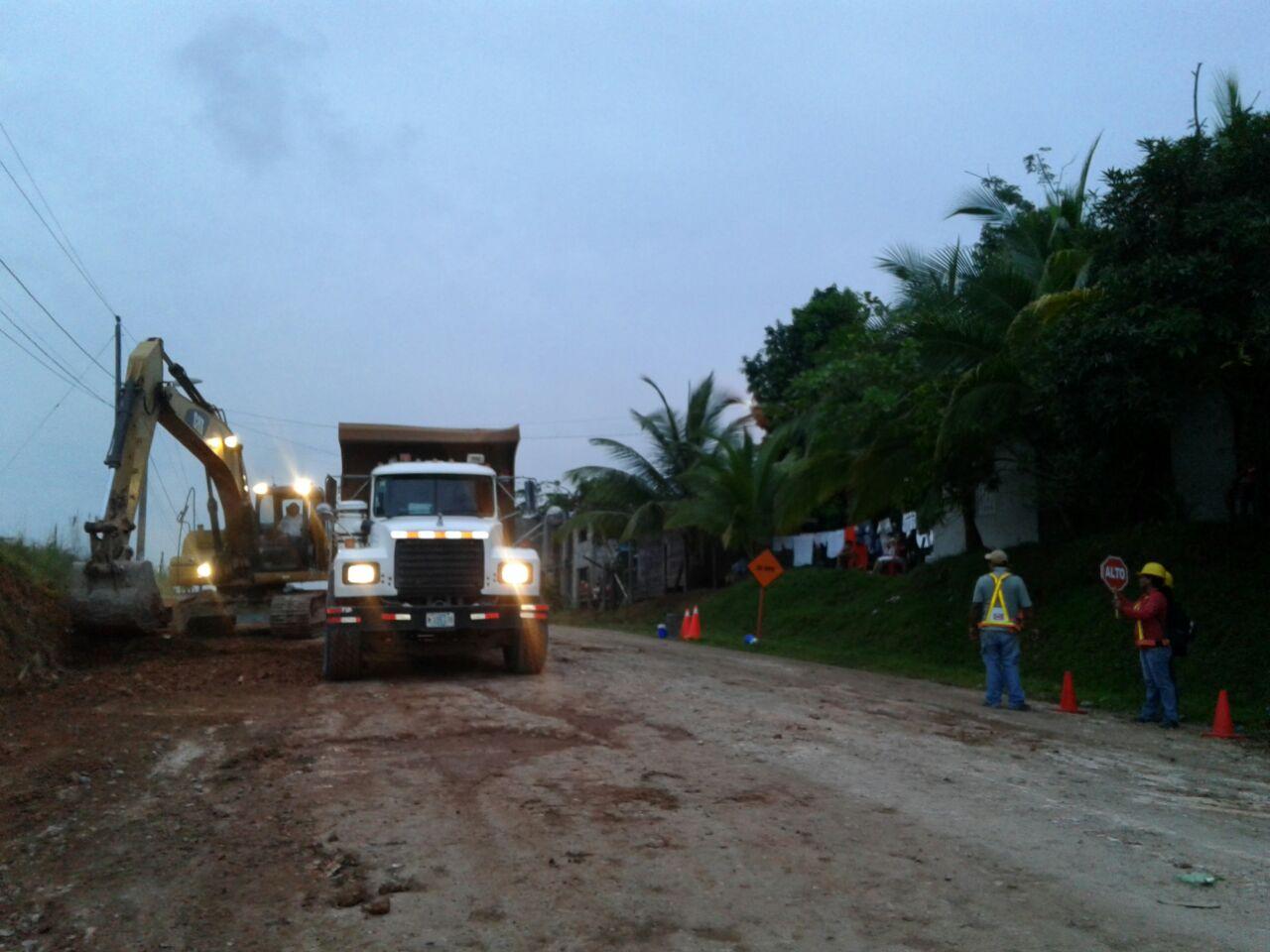 Un tramo de la carretera Bluefields - Nueva Guinea que está en construcción desde principios de 2016. Foto Luis García | La Costeñísima